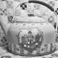 63 Tea pot